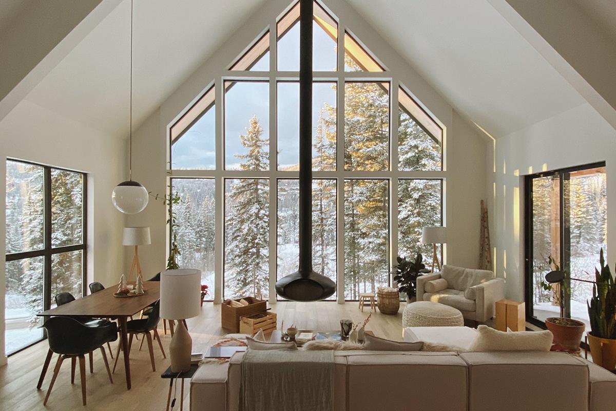 The Nooq - Дизайнерски дом в снеговете на Монтана