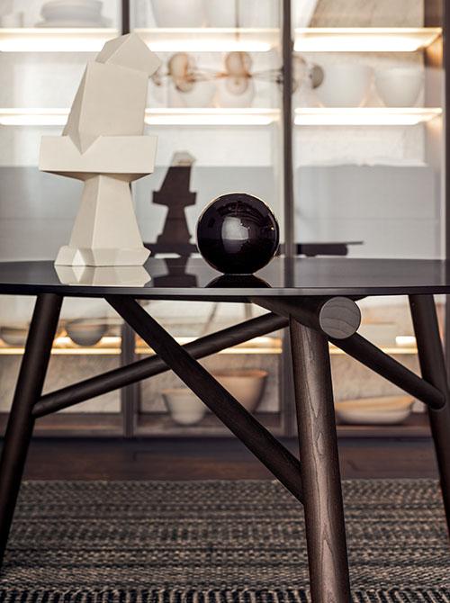 Pianca | Maestro table and Alunna chair design Emilio Nanni