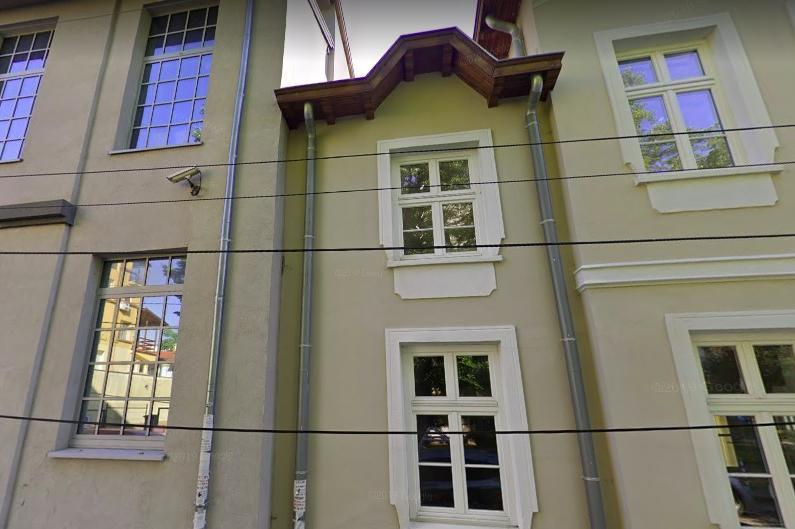 """След множество сигнали на сдружение """"Историческа пробуда"""", ремонтираха къщата на Смирненски в София."""