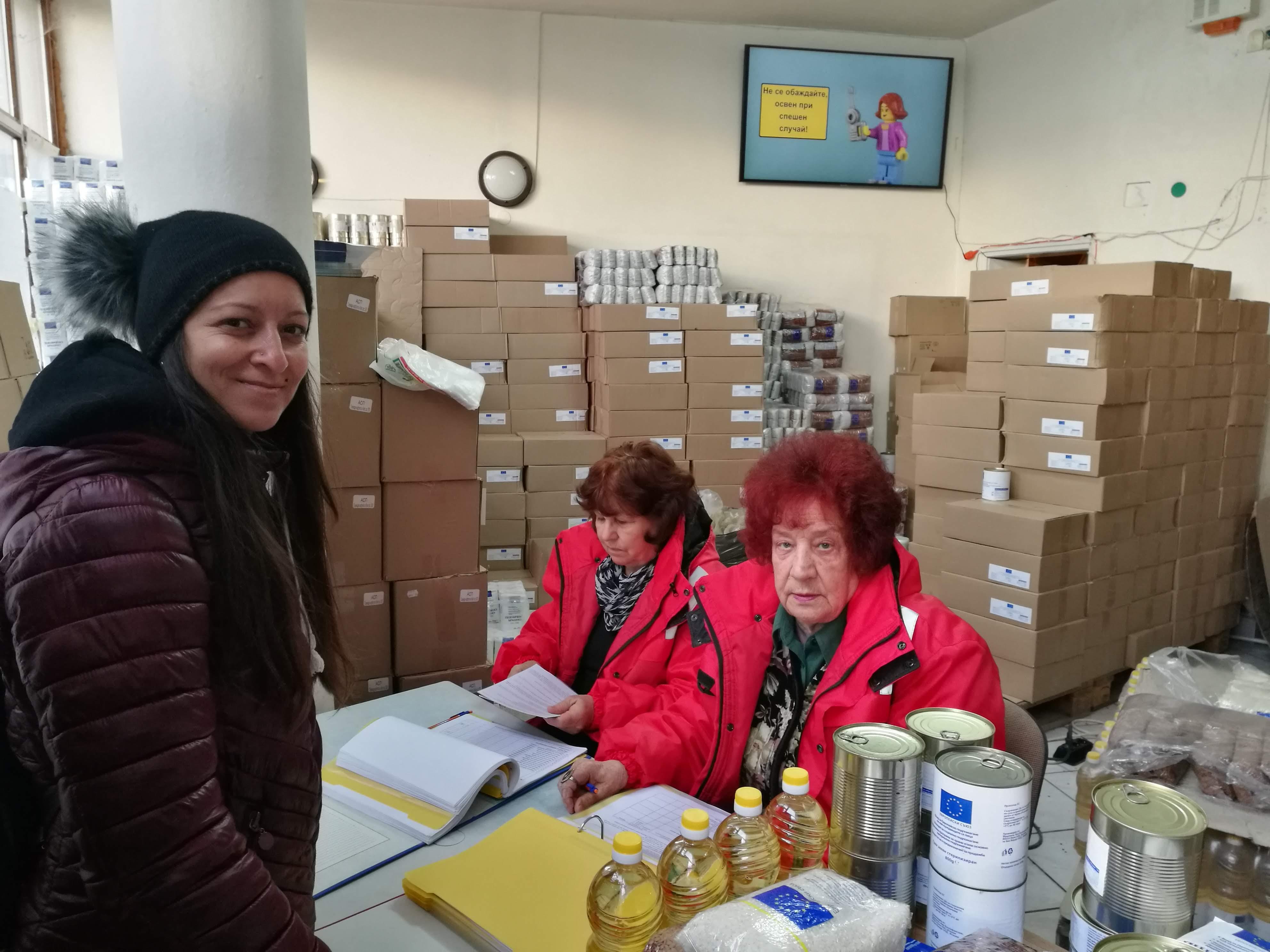 БЧК започва раздаването на хранителните пакети по ОП на ФЕПНЛ