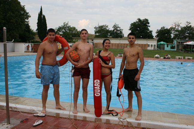 БЧК – Сливен организира курс за водни спасители