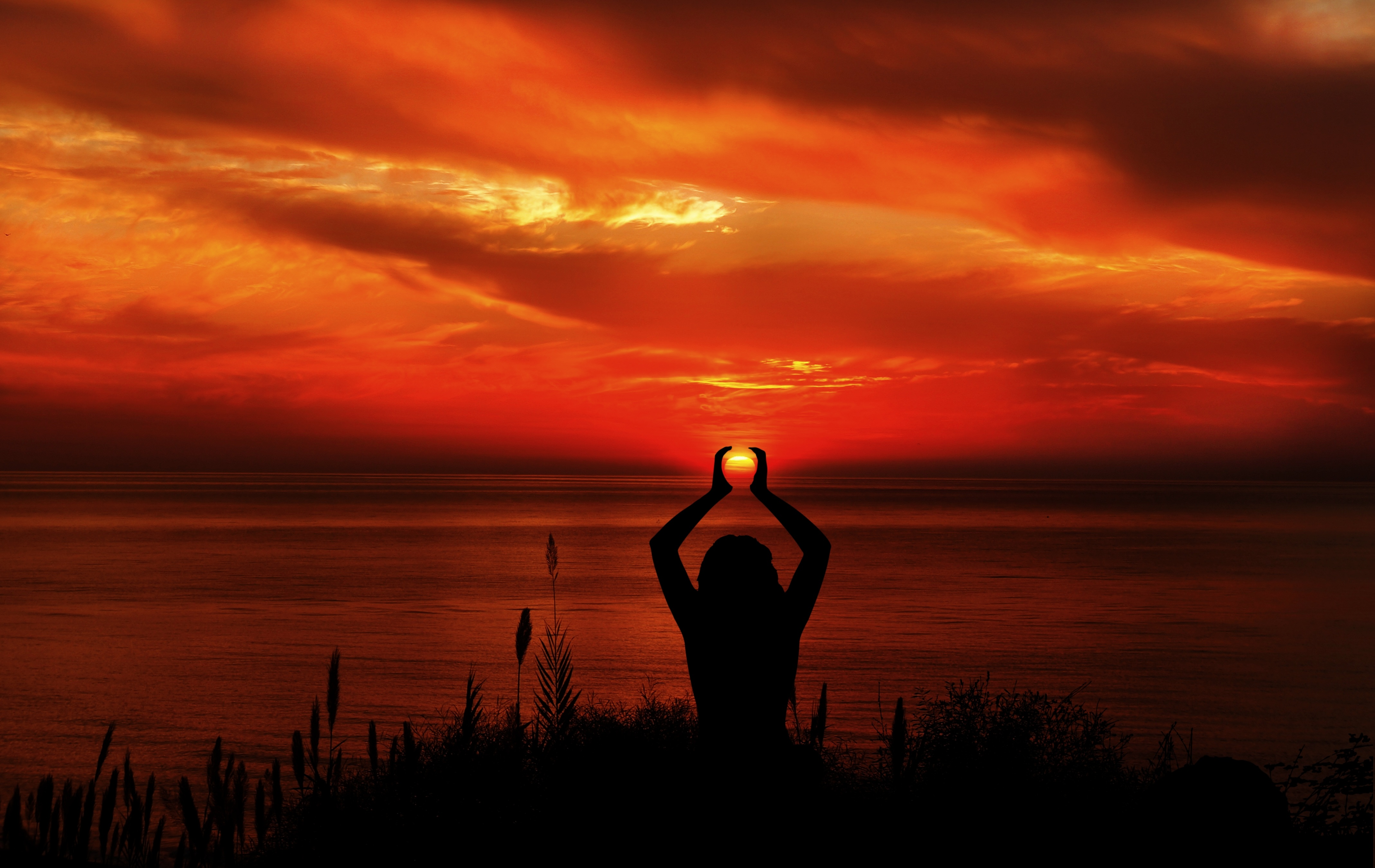 Пълен справочник за женските енергийни практики и медитации