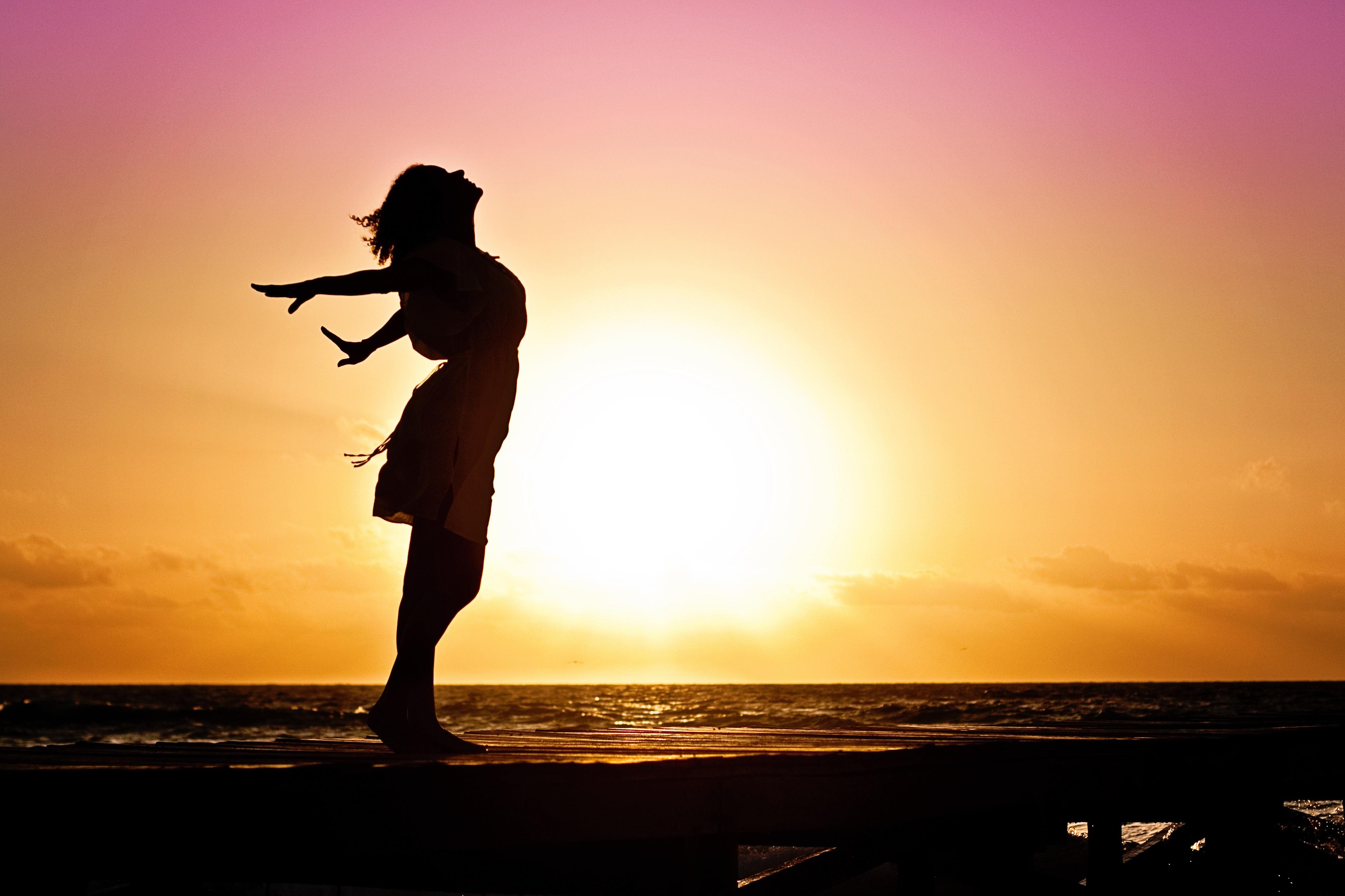Динамични медитации за дами