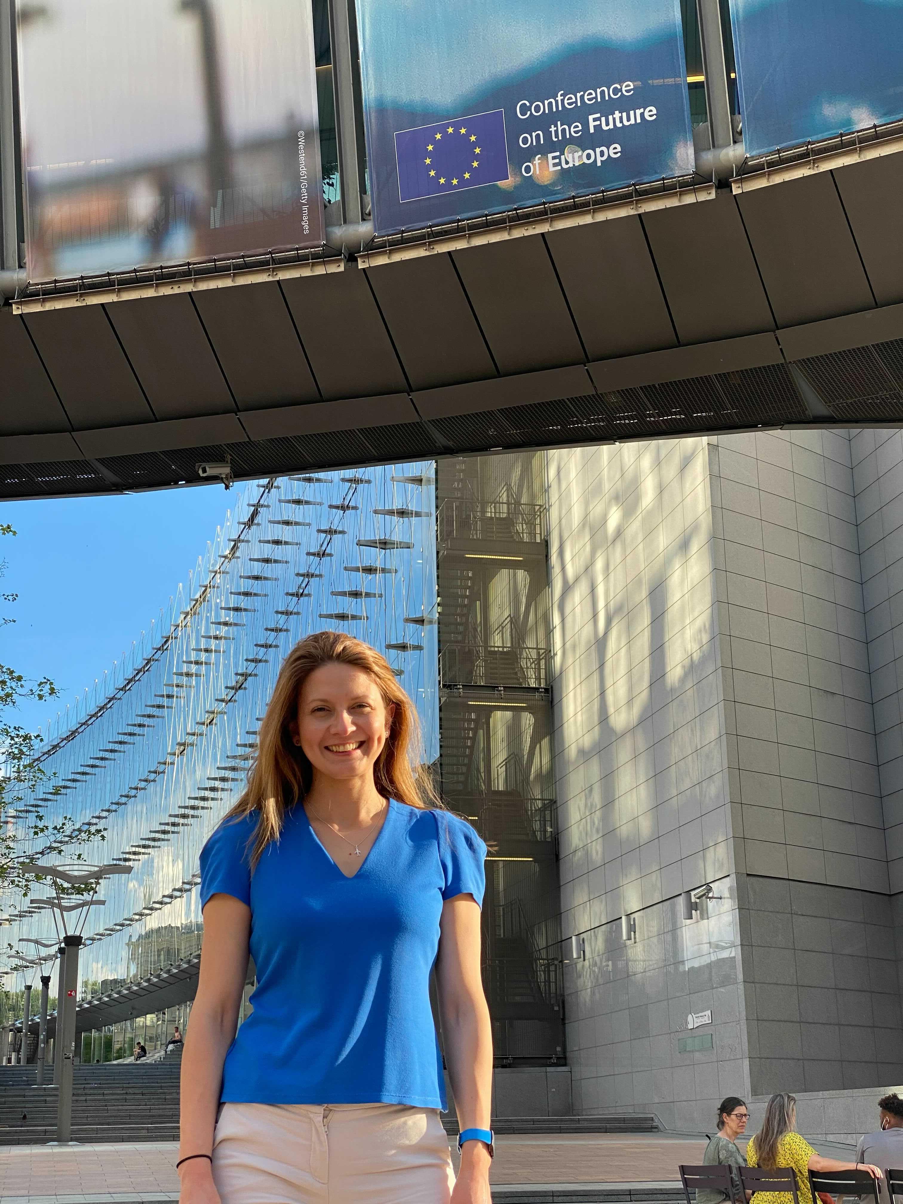 """Евродепутатът Цветелина Пенкова и младежите на БСП стартират конференции """"Когато младите говорят…#EUphoria"""" в 12 града в страната"""